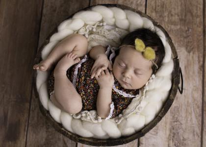 Julka - sesja noworodkowa